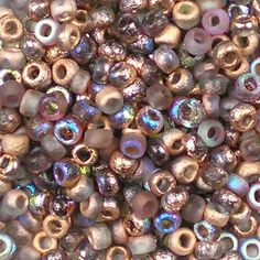 Czech 8/0 (3mm) Etched Crystal Rainbow Copper glass round rocaille seed beads. Transparent pink-brown and aurora borealis blue, part frosted, part