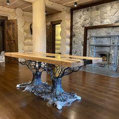🏆 KHARLAMOV studio в Instagram: «Всем привет! Новый стол из слэба на кованом подстолье готов и уже доставлен нашему заказчику в Крым!)) Столешница изготовлена из красивого…»