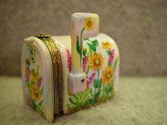 Rochard-Limoges-France-Hand-Painted-Mailbox-Trinket-Box