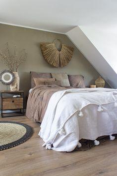 Bedroom Inspo, Room Decor Bedroom, Home Bedroom, Master Bedroom, Living Room Paint Inspiration, Room Inspiration, Cozy Small Bedrooms, Student Room, Baby Room Design
