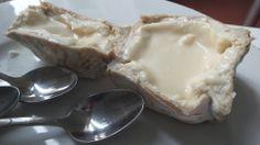 Cata #queso #UEC #UCMgastro. En la imagen: Luna Nueva de Elvira García -mismo queso, distinto tiempo de maduración-. Imagen Nuria Blanco @nuriblan, @UCMgastro.  (22.03.2014)