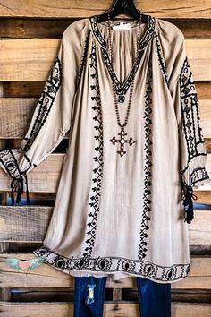 Plus Size Boutique Plus Size Lace Dress, Plus Size Dresses, Plus Size Outfits, Over 50 Womens Fashion, Boho Fashion, Mature Fashion, Steampunk Fashion, Gothic Fashion, Boho Outfits