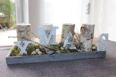 Adventsdeko mit Birkenkerzenständer! Holztablett, natürlich dekoriert mit einem Bambi, Kugeln und Sternen! Preis 34,90€