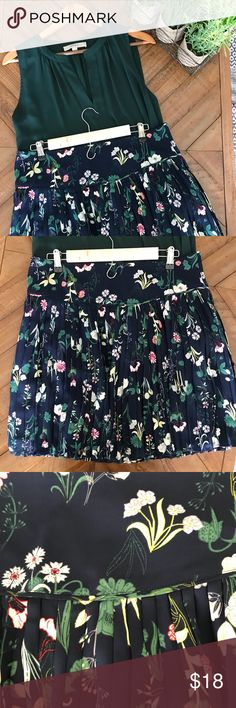 LOFT printed skirt This skirt is so adorable! It was also featured on the hit show Riverdale! 😍 LOFT Skirts Mini