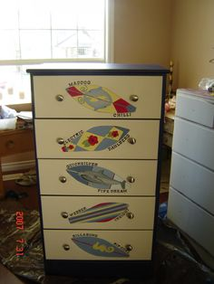 JenniferLittle: Painted Furniture and Accessories for Kids - PAINTED FURNITURE