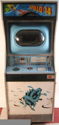 Arcade Game Machines, Arcade Machine, Arcade Games, Diy Arcade Cabinet, Arcade Console, Vintage Video Games, Vintage Games, Arcade Room, Geek Furniture