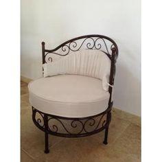 Iron Patio Furniture, Steel Furniture, Unique Furniture, Upcycled Furniture, Furniture Making, Furniture Design, Wrought Iron Decor, Metal Chairs, Home Decor