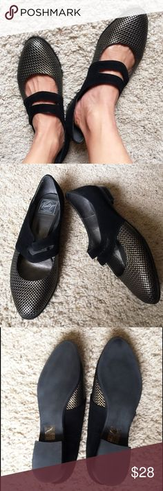 JEFFREY CAMPBELL VINTAGE Flat Shoes Size 8, Vintage, no longer sell anymore but found in tradesy used for 57$. excellent condition, the 1st picture I tried even it's big just to show how cute is this. Jeffrey Campbell Shoes Flats & Loafers