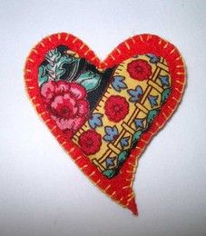 Coração de Viana - lengalenga Patch Aplique, Angel Crafts, Lavender Bags, With All My Heart, The Little Prince, Felt Hearts, Fun Projects, Embroidery, Sewing