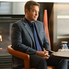 Michael Weatherly, Casual Outfits, Men Casual, Suit Jacket, Blazer, Suits, People, Jackets, Fictional Characters