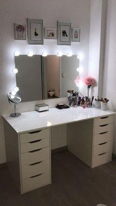 Make-up table / make-up corner - Schminktisch ♡ Wohnklamotte - Bedroom Decor Cute Bedroom Ideas, Cute Room Decor, Girl Bedroom Designs, Room Ideas Bedroom, Teen Room Decor, Teen Room Designs, Ikea Room Ideas, Wall Decor, Cute Teen Rooms