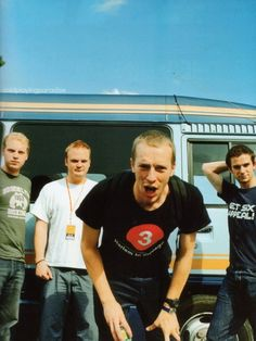 This site is entirely dedicated to the best band in the world, Coldplay. They're an Alternative Rock band formed in London in 1998 Love Band, Cool Bands, Chris Martin Coldplay, Phil Harvey, Cartoon Heart, Jonny Buckland, British Rock, Britpop, Rare Pictures