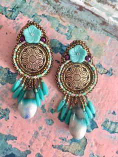 Een persoonlijke favoriet uit mijn Etsy shop https://www.etsy.com/nl/listing/548354813/lotus-earrings