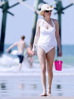 Familys daugther nudist beach