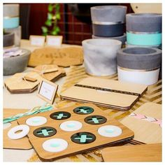 Gosh where has the year gone!? If you haven't finished (or started) your Christmasshopping why don't you head to one of these markets in the next two weeks: @kensingtonmarket.com.au @maribyrnongmakersmarket & @essendonmarket to shop local and handmade? Psst we'll be there too.... by yano_designs
