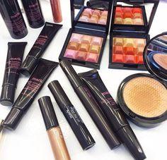 Beauty Products, Addiction, Blush, Eyeshadow, Make Up, Cosmetics, Blusher Brush, Eye Shadow, Makeup