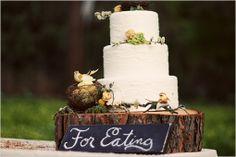 Love this rustic cake!