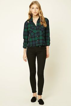 Forever 21 is the authority on fashion & the go-to retailer for the latest trends, must-have styles & the hottest deals. Shop dresses, tops, tees, leggings & more. Outfits Con Camisa, Plaid Shirt Outfits, Green Plaid Shirt, Outfits Mujer, Fall Outfits, Casual Outfits, Cute Outfits, New Look Clothes, Smart Outfit