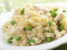 Risotto mit grünen Erbsen und Hühnerbrust   http://einfach-schnell-gesund-kochen.de/risotto-mit-grunen-erbsen-und-huhnerbrust/
