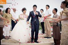 Bali wedding photographer Royal Santrian look their smile