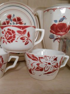 Vases, Red Dinnerware, Dusty Blue, French Vintage, Tea Time, Red And White, Porcelain, China, Fan