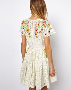 Floral/lace dress Check out the Asos Sale here! Skater Dress, Dress Skirt, Dress Up, Asos Dress, Floral Lace Dress, Kinds Of Clothes, Textiles, Dress For You, Pretty Outfits