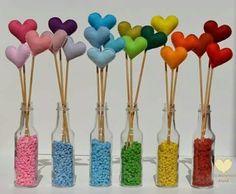 It's a lot of love … - Valentinstag Geschenke Felt Crafts, Diy And Crafts, Crafts For Kids, Bottle Art, Bottle Crafts, Valentine Crafts, Valentines Day, Ideas Para Fiestas, Felt Flowers