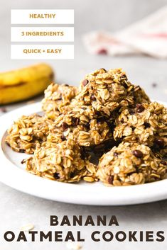 3 Ingredient Banana Oatmeal Cookies recipes with chocolate chips are made with just oats, banana, and chocolate chips for a healthy oatmeal breakfast cookie everyone will love!. #healthyoatmeal #healthyrecipes #veganrecipes #plantbased #bananaoatmealc Oatmeal Breakfast Cookies, Healthy Oatmeal Breakfast, Banana Oatmeal Cookies, Healthy Oatmeal Cookies, Oatmeal Cookie Recipes, Chocolate Chip Oatmeal, Chocolate Chips, Breakfast Recipes, Cooking For Dummies