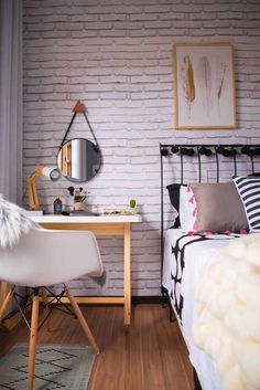 Home Office Quarto Simples 19 Ideas New Interior Design, Interior Decorating Styles, Home Decor Trends, Decor Ideas, Decoration Design, Eclectic Decor, Modern Room, New Room, Look Cool