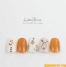 15 + Christmas beautiful nail polish models - DİY Creative Cooking in 2020 Xmas Nail Art, Christmas Gel Nails, Holiday Nails, Silver Christmas, Ten Nails, Shellac Nails, Cute Gel Nails, Pretty Nails, Beautiful Nail Polish