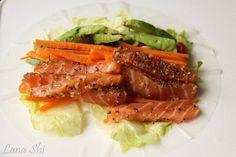 Wiki Fit | Спринг-ролл с лососем слабой соли и 423 ккал. в 1 большой порции!