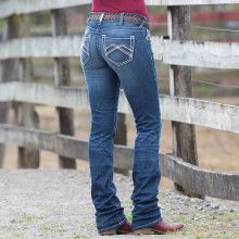 Mid-rise Straight leg Slim fit Embroidery on back pockets More at Rods Western Palace Cowgirl Jeans, Western Jeans, Cowboy Boots, Teenager Outfits, Outfits For Teens, Cute Outfits, Country Outfits, Western Outfits, Mommy Makeover