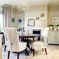 home decorating ideas dining room traditional house tour house photo gallery beautiful houses decorating ideas uk Dining Room Chair Covers, Dining Room Chairs, Dining Room Furniture, Dining Area, Dining Table, Traditional Dining Rooms, Traditional House, Traditional Kitchens, Dining Decor