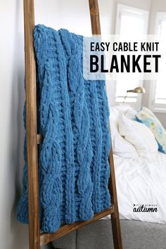 You can make this chunky cable knit blanket without even knowing how to knit! Learn how to finger knit a blanket on no time using loop yarn. Cable Knit Blankets, Hand Knit Blanket, Knitted Baby Blankets, Easy Crafts To Sell, Cute Crafts, Yarn Crafts, Loom Knitting Projects, Yarn Projects, Finger Knitting