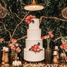 Dessert de mariage, couleurs chaudes : pièce montée, wedding cake Different Wedding Cakes, Wedding Cakes With Cupcakes, Free Wedding, Perfect Wedding, Wedding Reception, Wedding Day, Wedding Planning Guide, Wedding Cake Designs, Pillar Candles
