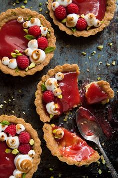Rhubarb Tarts with Shortbread Crust