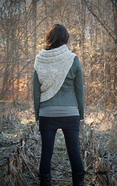 Ravelry: Katniss Cowl pattern by Anaid Designs