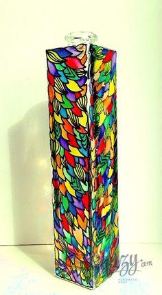 Мастер-класс по витражной росписи: Декорируем вазу для цветов.
