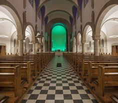 Heilig-Geist-Kirche Karlsruhe-Daxalanden - hatec Gesellschaft für Lichttechnik mbH