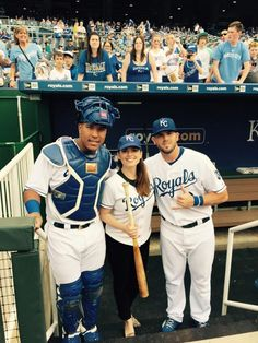 Actress Hayley Atwell (Captain America & Agent Carter) met Salvy and Moose before throwing out the first pitch!