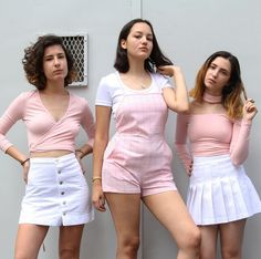 On Wednesday we're Pretty in Pink #AmericanApparel