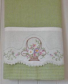 ¿Necesita un regalo para amigos y familiares? Estas toallas preciosa de una cesta de regalo de la guarnición o rodaron y métete dulcemente con