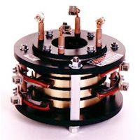 Turbine components: slip rings
