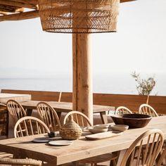 http://leemconcepts.blogspot.fr/2015/07/ontdek-sunshine-smile-op-mykonos-bij.html #zon #zee #strand #vakantie #griekenland #muziek #feest #luxe #eenvoud #sun #sea #beach #holiday #greece #music #party #island #simplicity #culture #love #nice