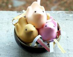 Easy Homemade DIY Easter Peeps Soaps - Soapmaking Tutorial for an Easy Easter Basket Gift Idea