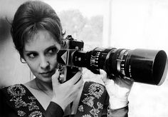 Vintage Cameras Gina Lollobrigida holding a Nikon F and fast lens Attached to the plain prism Nikon F body is a Nikon RF Nikkor-H fast speed telephoto lens for Nikon Bayonet S-Mount Rangefinder cameras which was introduced in Nov - Antique Cameras, Vintage Cameras, Photography Camera, Digital Photography, Passion Photography, Vintage Photography, Portrait Photography, Girls With Cameras, Gina Lollobrigida