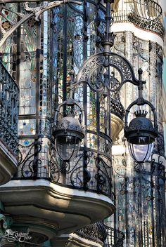 Balconies in Barcelona, Catalonia - Catalunya Architecture Art Nouveau, Beautiful Architecture, Beautiful Buildings, Architecture Details, Beautiful Places, Art Nouveau Arquitectura, Madrid, Barcelona Travel, Barcelona Sights