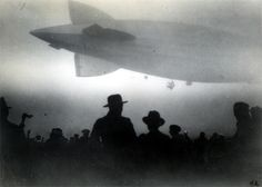 Zeppelin departs a foggy Friedrichshafen, Germany. October reaching New York. and the naval air station in Lakehurst, New Jersey. it was renamed The USS Los Angeles Old Pictures, Old Photos, Vintage Photos, Vintage Photography, Art Photography, Dieselpunk, Historical Photos, Germany, Black And White
