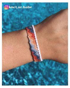 Diy Bracelets Easy, Thread Bracelets, Embroidery Bracelets, Summer Bracelets, Bracelet Crafts, String Bracelets, Loom Bracelets, Macrame Bracelets, Friendship Bracelets