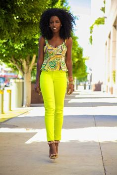 Fashionable Africana style we love!